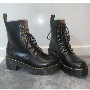 Leona 7 Hook Doc Martens Size 6 NWOT